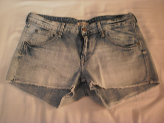 How to wear : 6 x The denim short