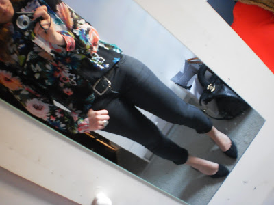 Outfit: Flowers in Black