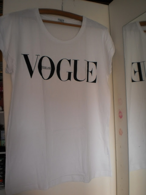 Vogue T-Shirt : 7X How to wear