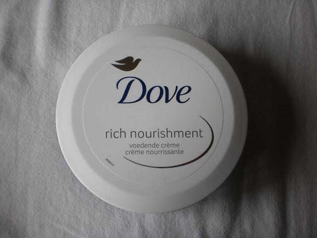 Dove Rich Nourishment voedende crème, 150 ml