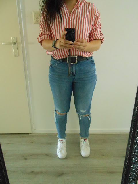 Red stripes outfit