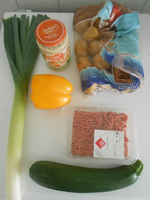 Aardappel ovenschotel met gehakt en groenten