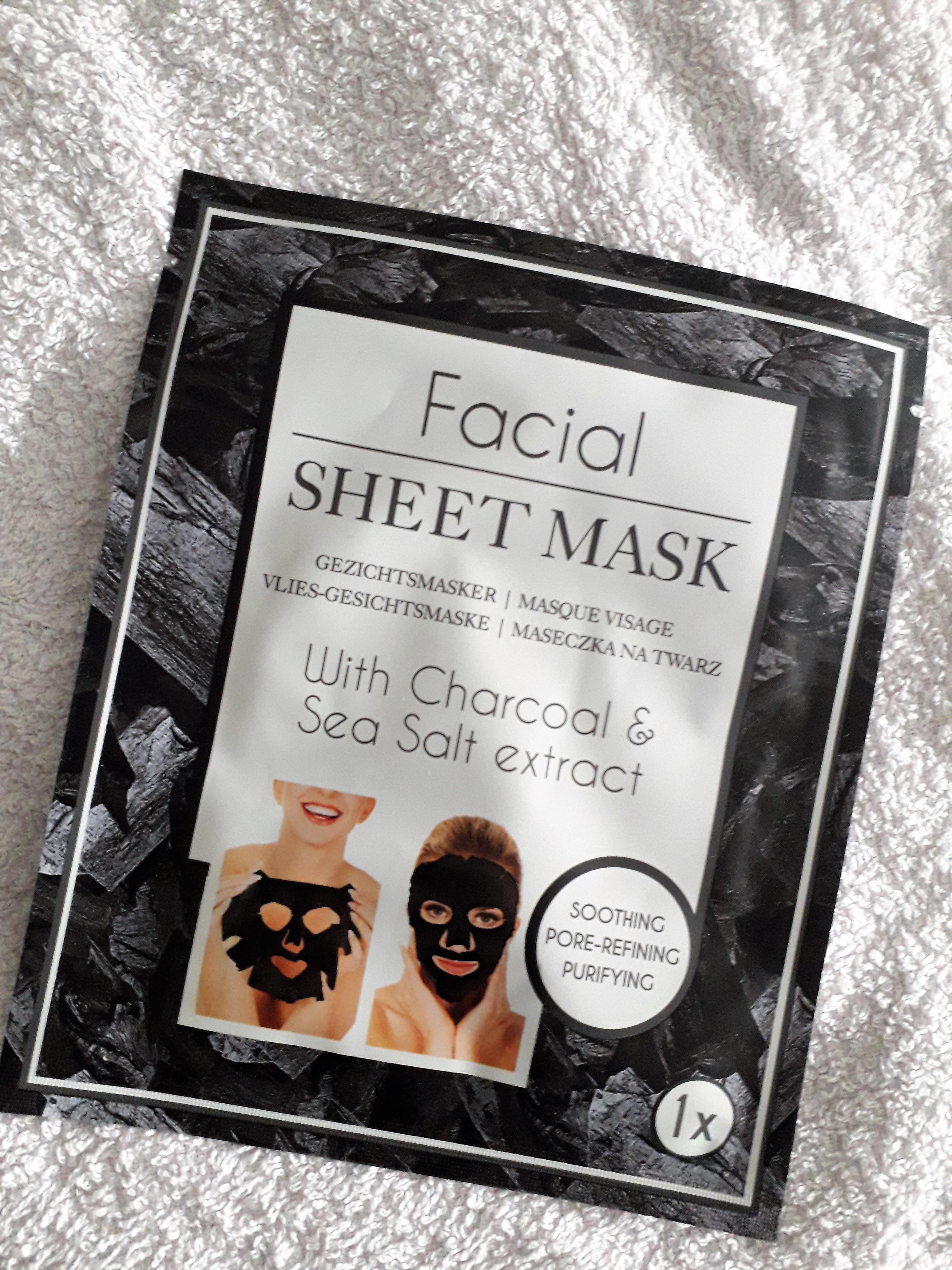 Facial sheet mask with charcoal & sea salt extract van de Action