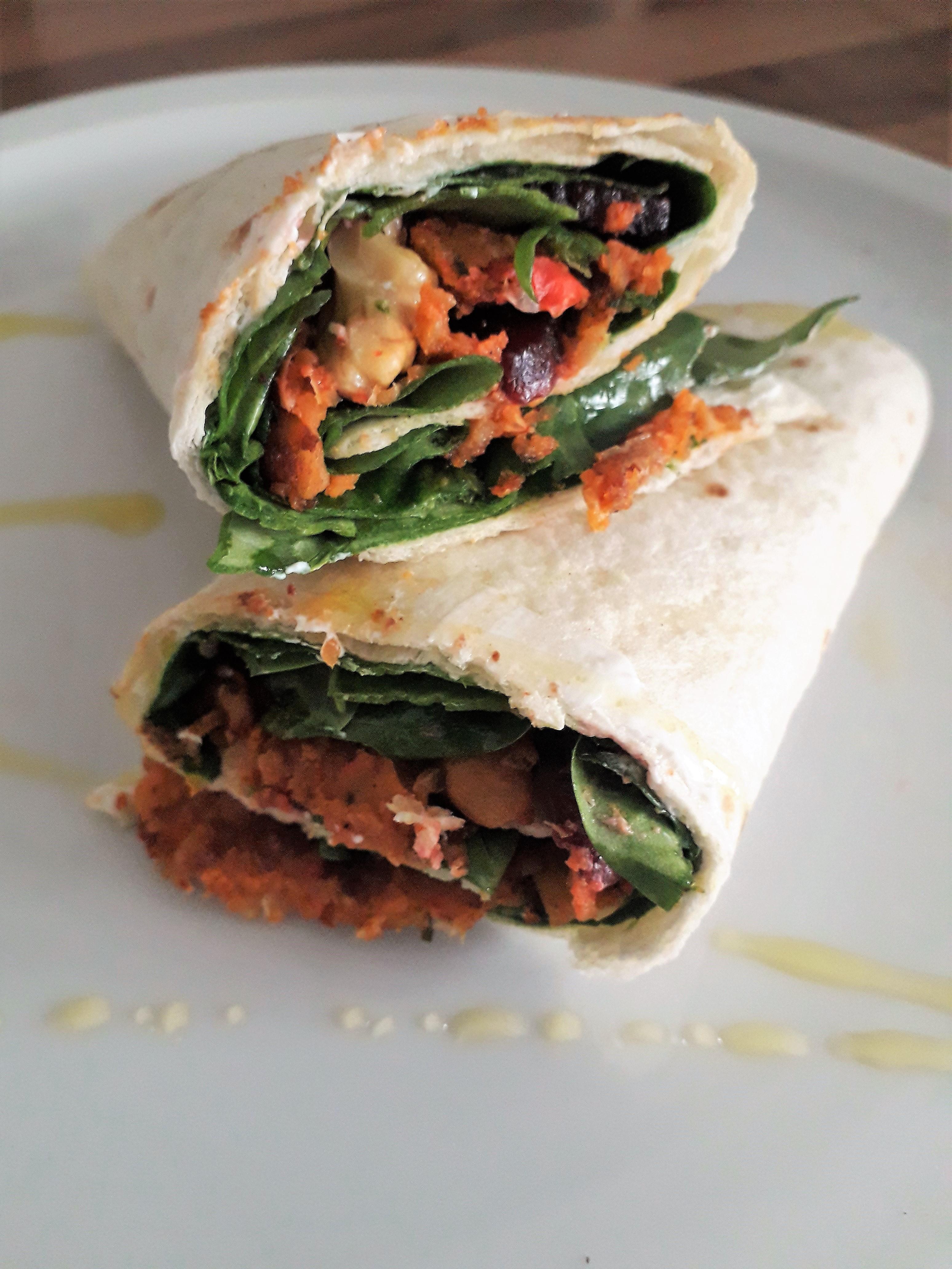 Vega wraps met spinazie en falafel balletjes