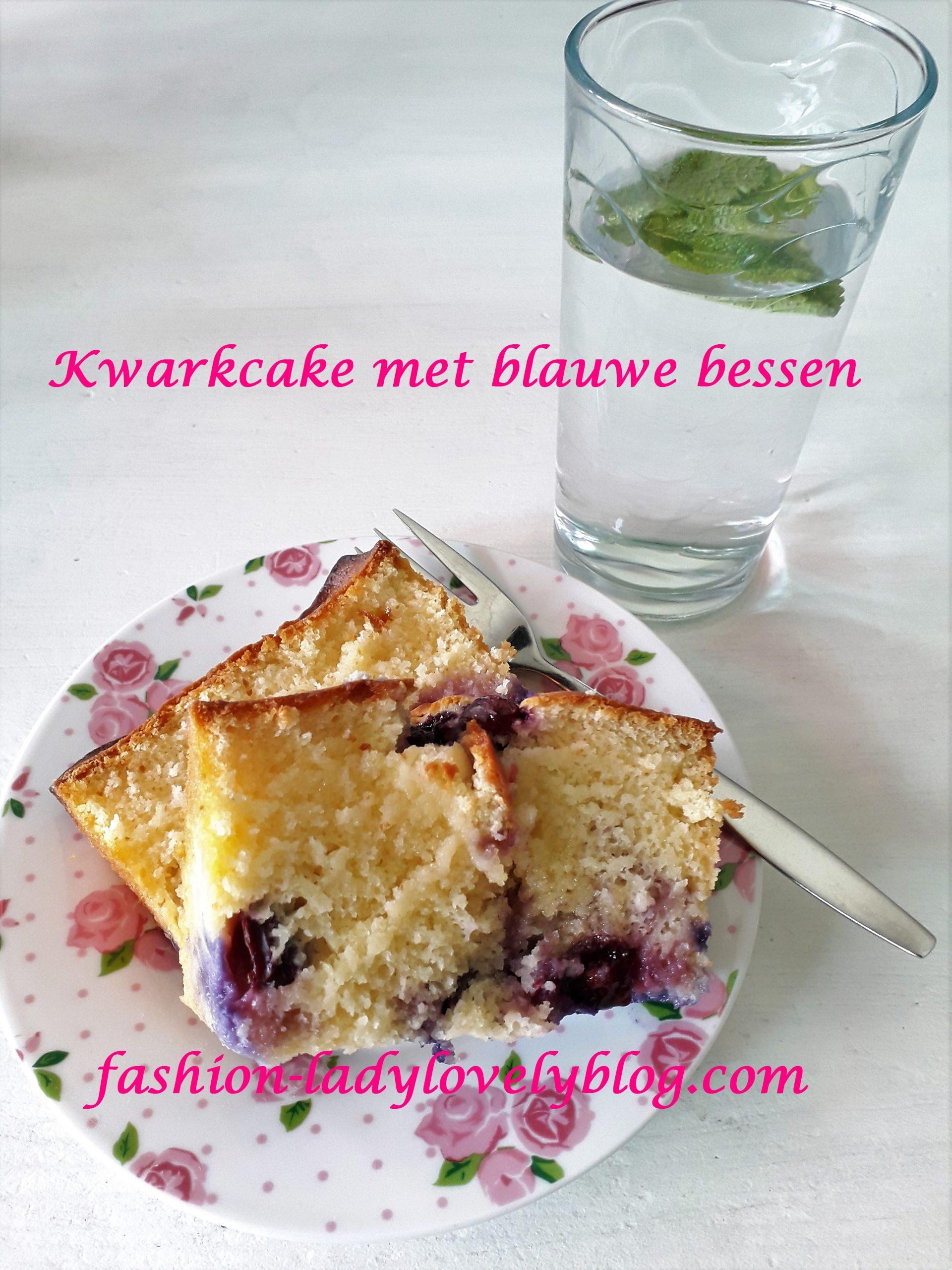 Kwartcake met blauwe bessen